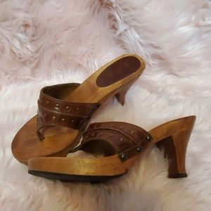 Mia Brown Wooden Sandals